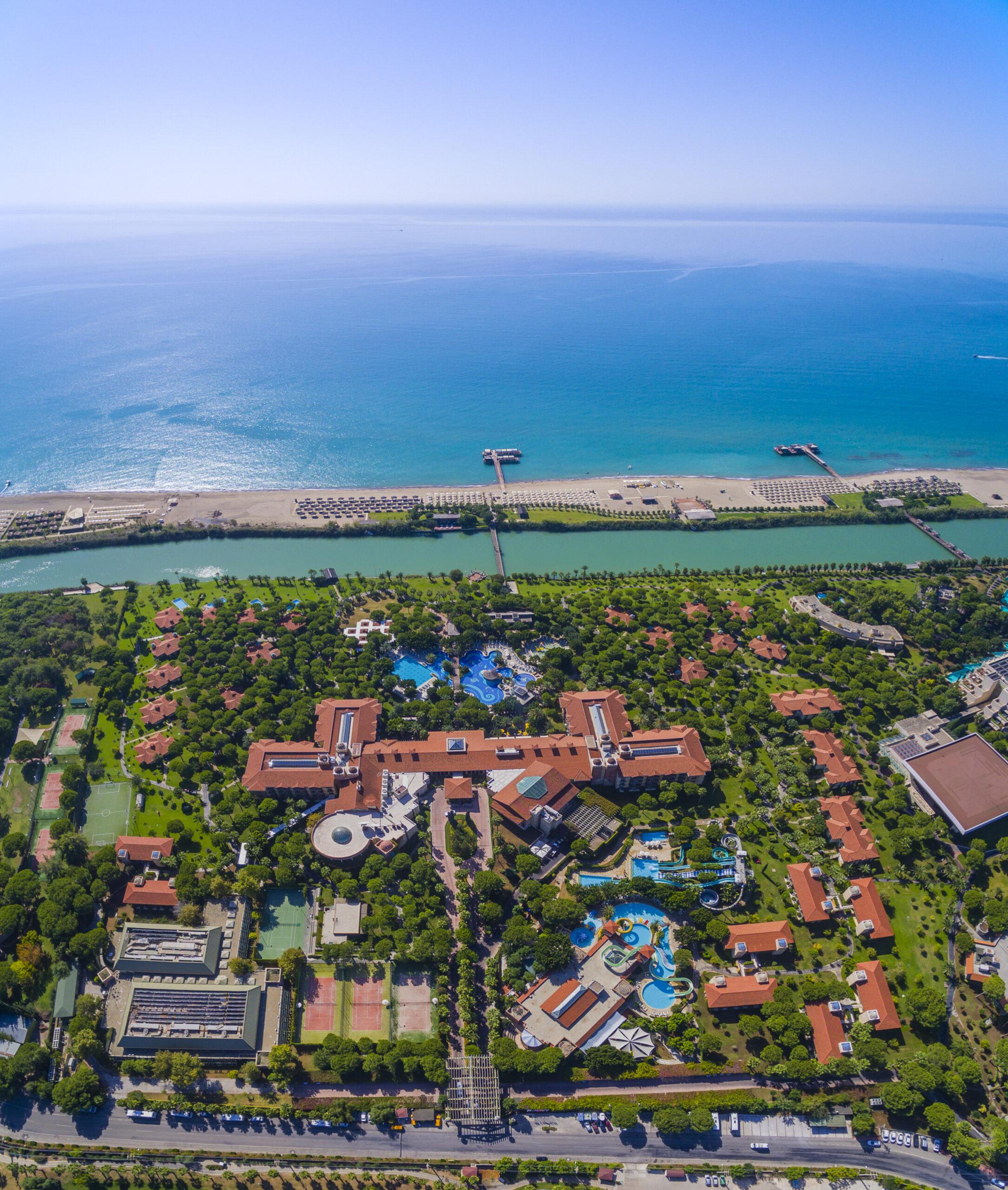 Специальное предложение от уютнейшего отеля отеля Турции <br>Gloria Golf Resort 5*