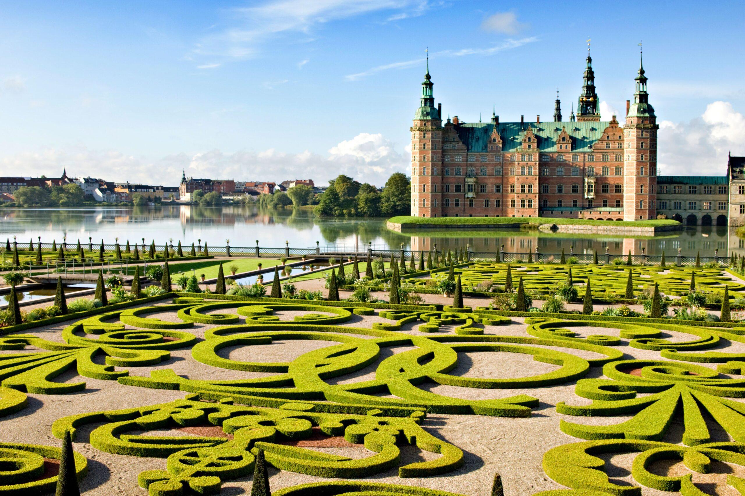 Данія скасовує всі COVID-обмеження з 10 вересня