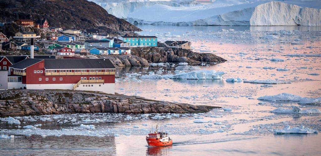Льодовик Екі та його дітки!<br>Визначна пам'ятка Гренландії